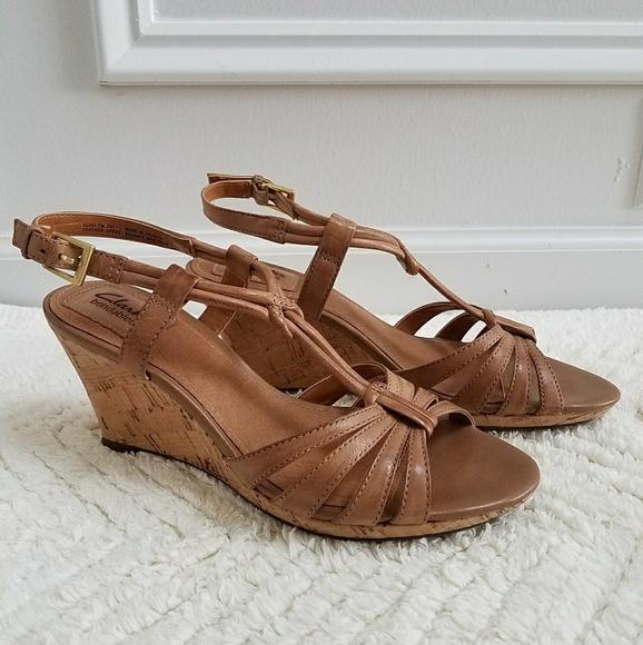 189f329dc596a Clarks Shoes | Bendables Tan Beige Cork Wedge Sandals | Poshmark